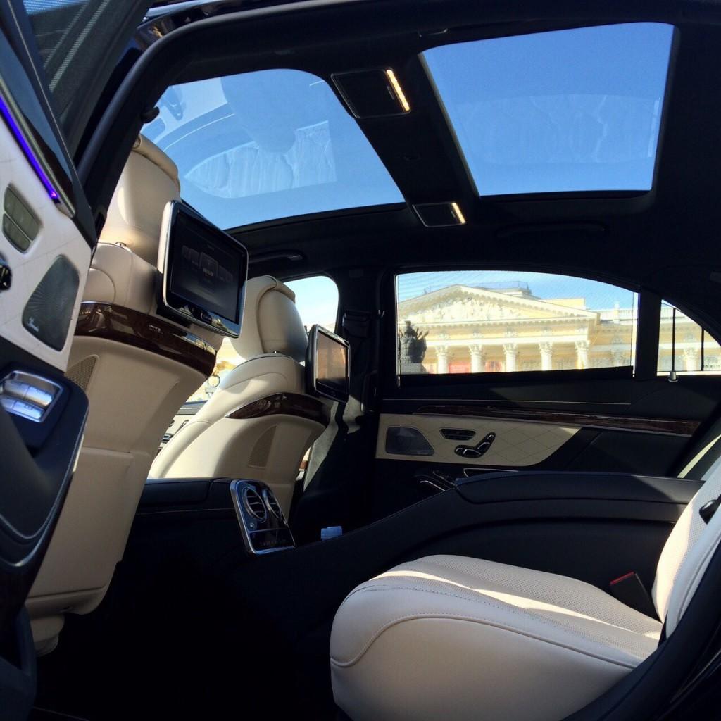 Седан представительского класса Mercedes-Benz S-klasse